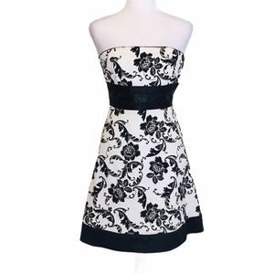 WHBM Strapless Jacquard Floral Satin Trim Dress 0